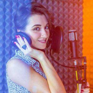 Записать песню клип в студии звукозаписи