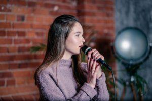 уроки вокала для подростков