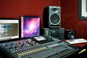 сведение музыки и вокала